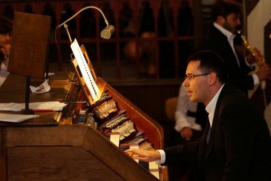 Michał Sławecki - organy - dyrygent - chorał gregoriański